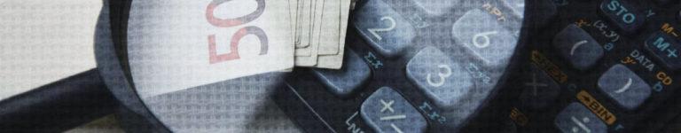 изображение калькулятора и банкнот